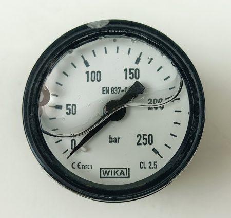 Nyomásmérő műszer  300 bar, d63